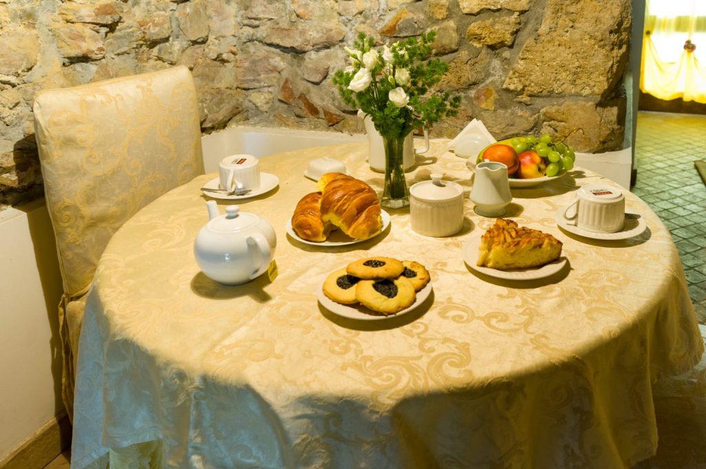 colazione in Torretta Colle Silvi